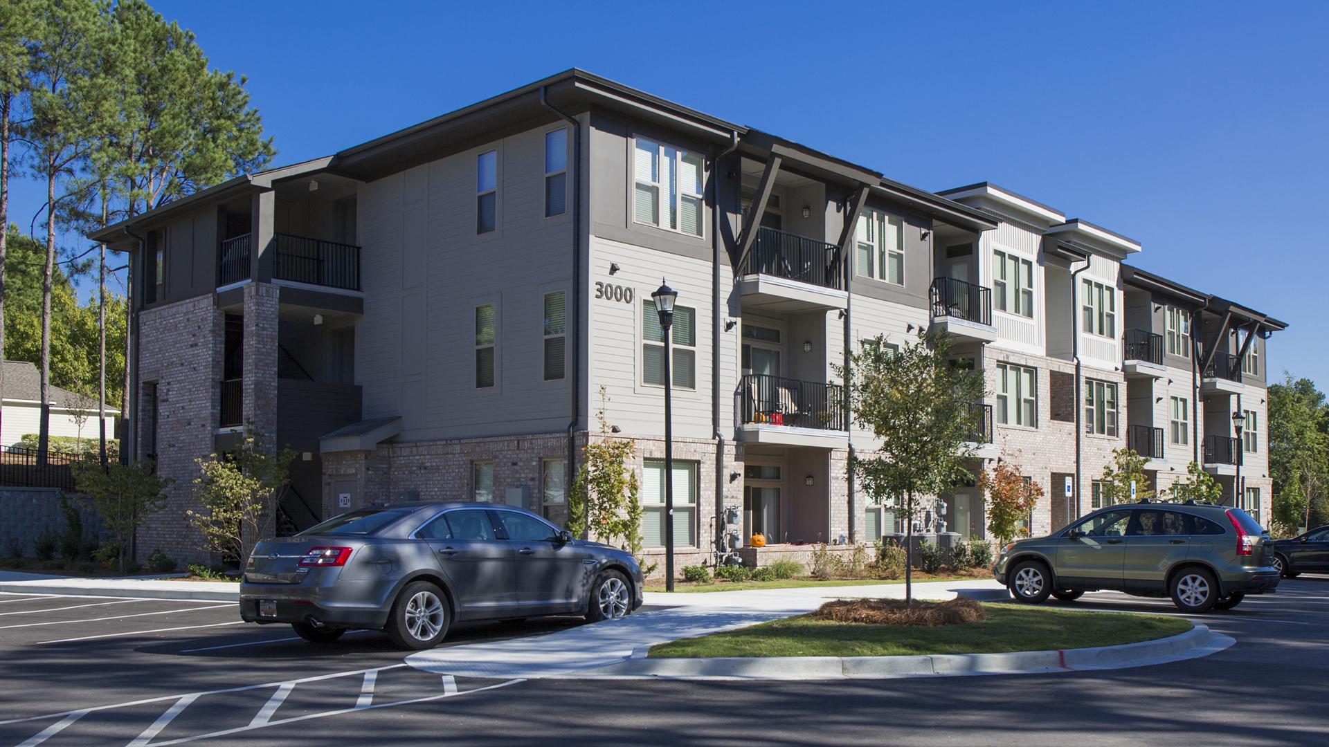 Axiom Apartments Charlotte Nc